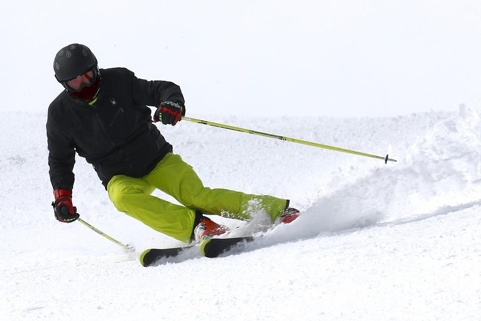 Faire du ski dans les Préalpes fribourgeoises